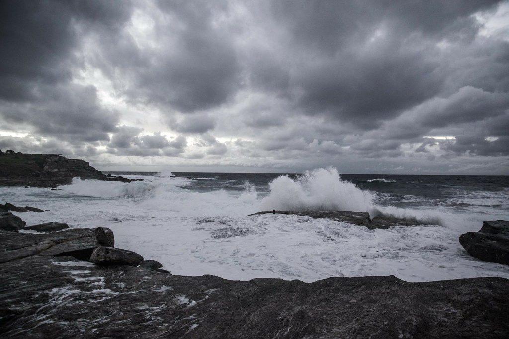 cielo nublado o ciclón